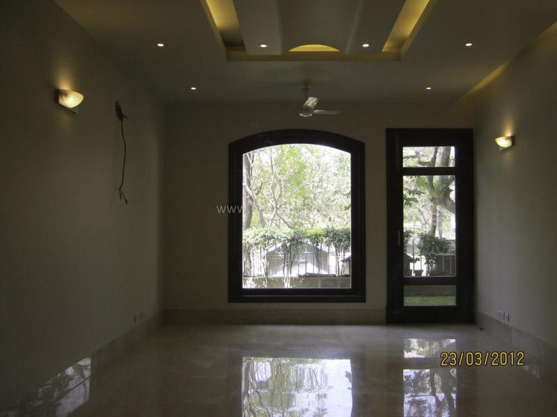 Unfurnished-Apartment-Vasant-Vihar-New-Delhi-10771