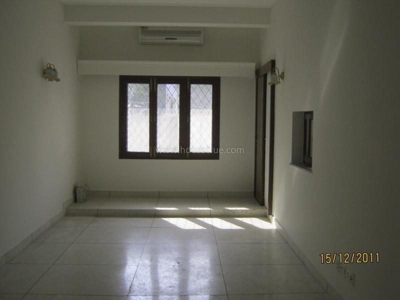 Unfurnished-Apartment-Vasant-Vihar-New-Delhi-10946