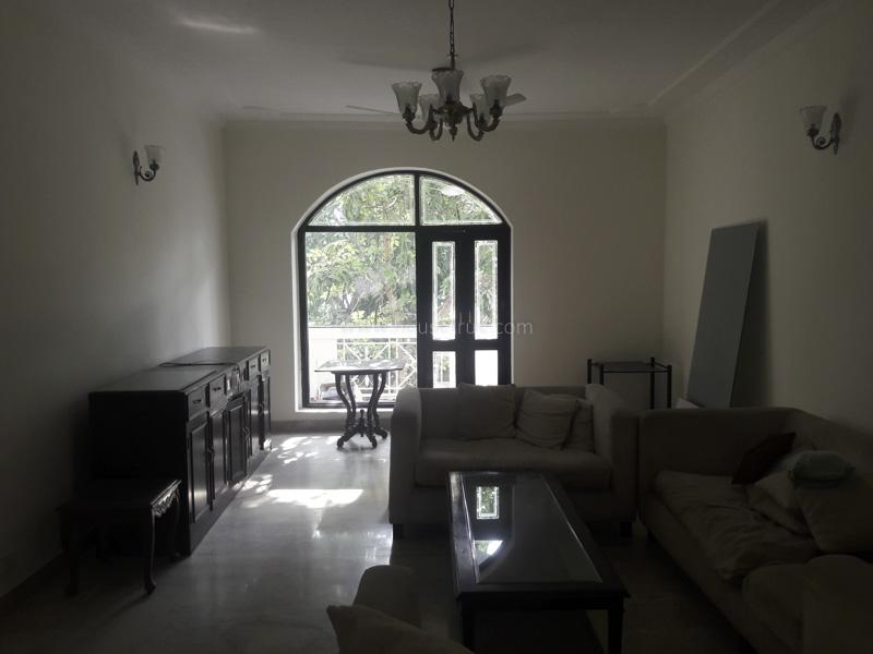 Partially Furnished-Apartment-Vasant-Vihar-New-Delhi-11046