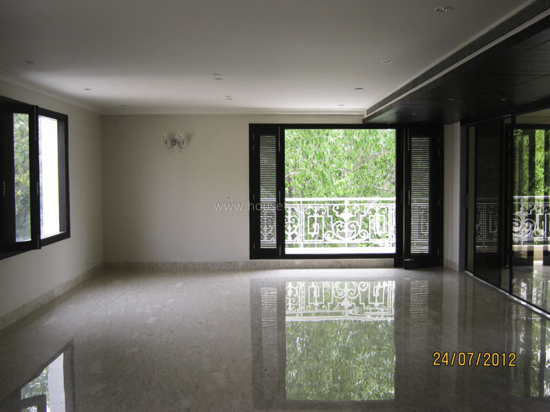 Unfurnished-Apartment-Vasant-Vihar-New-Delhi-11127