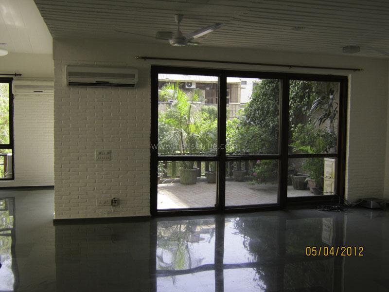 Unfurnished-Duplex-Vasant-Vihar-New-Delhi-11322