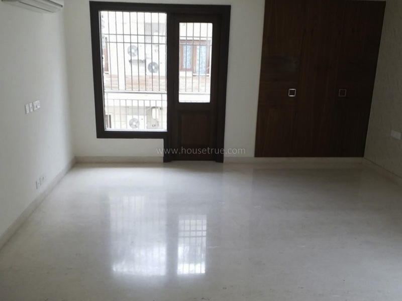Partially Furnished-Apartment-Vasant-Vihar-New-Delhi-11623