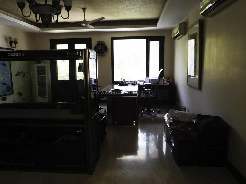 Unfurnished-Apartment-Vasant-Vihar-New-Delhi-11757
