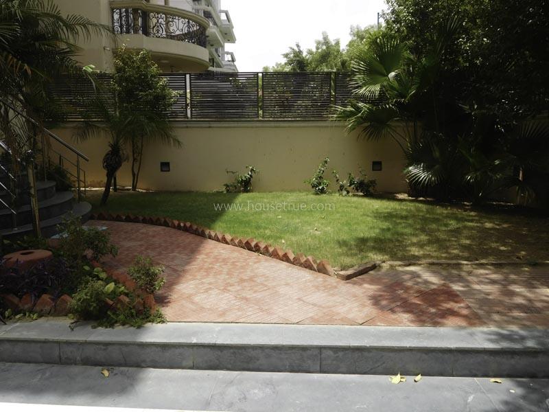 Unfurnished-House-Vasant-Vihar-New-Delhi-11804