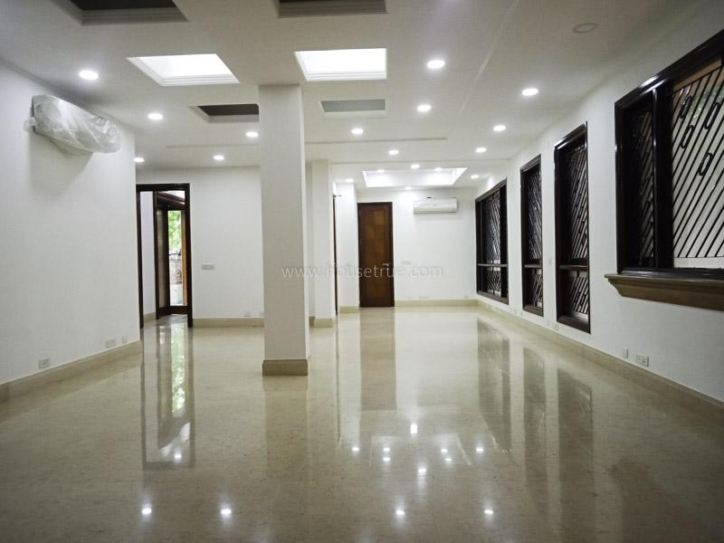 Unfurnished-House-Vasant-Vihar-New-Delhi-11907