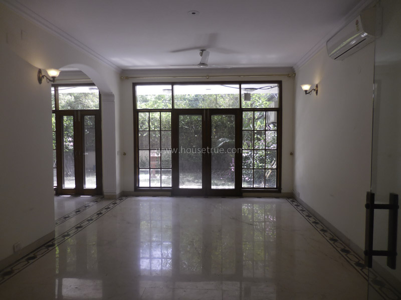 Unfurnished-Apartment-West-End-Colony-New-Delhi-11972