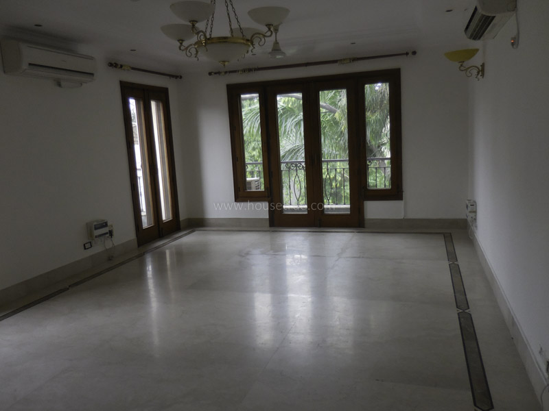 Unfurnished-Apartment-West-End-Colony-New-Delhi-12003