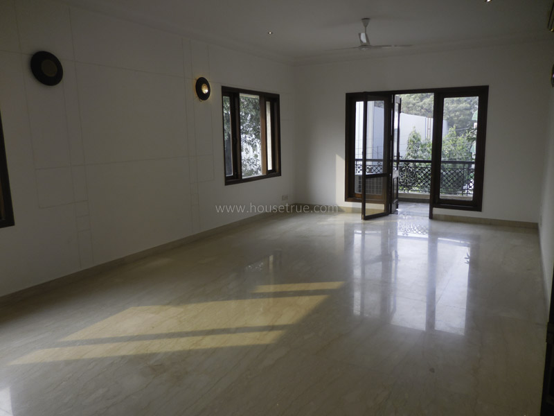Unfurnished-Apartment-West-End-Colony-New-Delhi-12052