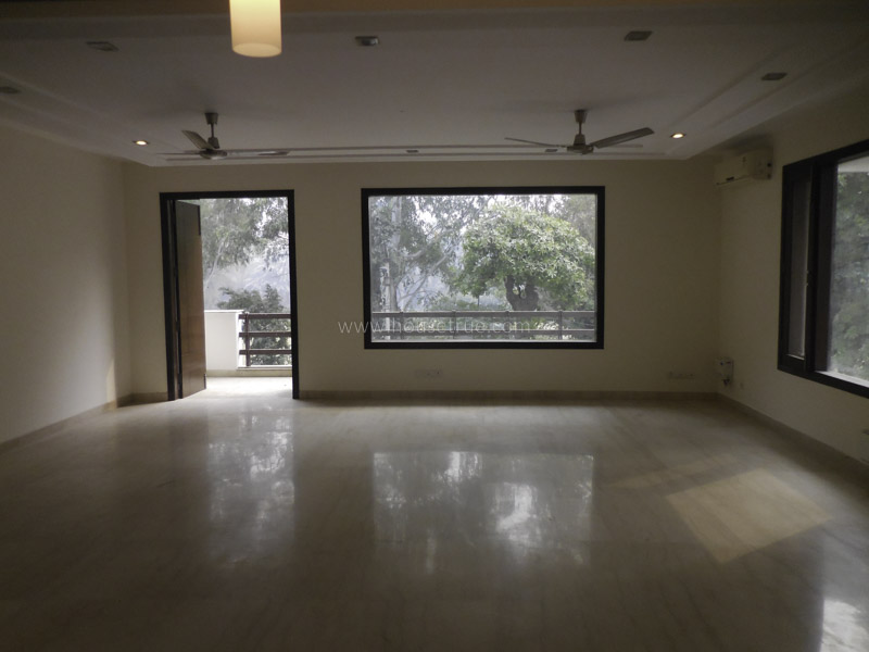 Unfurnished-Apartment-Anand-Lok-New-Delhi-12166