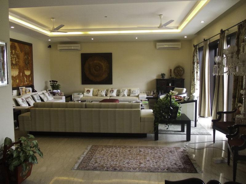 Unfurnished-Apartment-Anand-Lok-New-Delhi-12185
