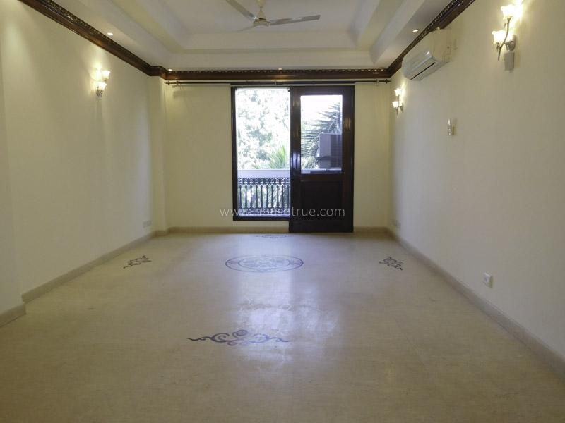 Unfurnished-Apartment-Anand-Niketan-New-Delhi-12609