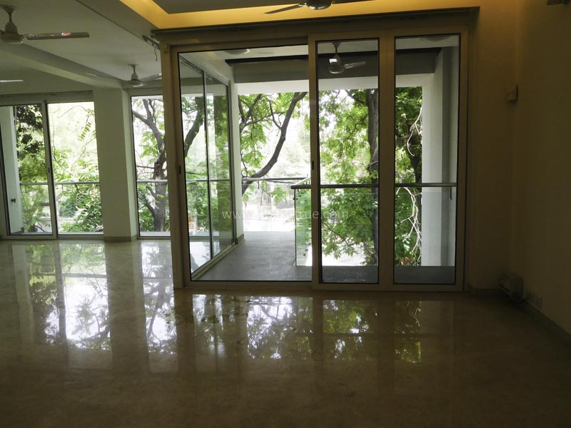 Partially Furnished-Apartment-Anand-Niketan-New-Delhi-12626