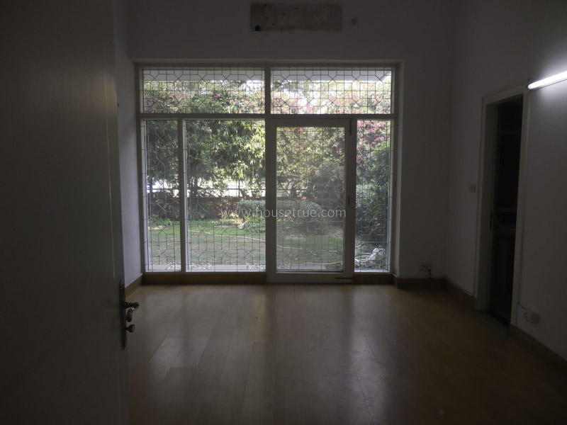 Unfurnished-House-Chanakyapuri-New-Delhi-12779