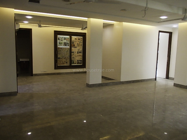 Unfurnished-Apartment-Defence-Colony-New-Delhi-12854