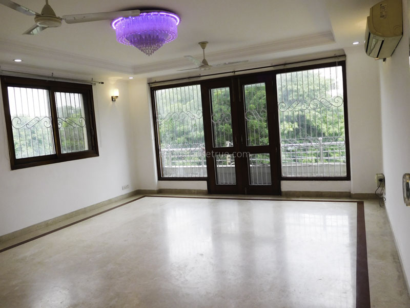 Unfurnished-Apartment-Defence-Colony-New-Delhi-12983