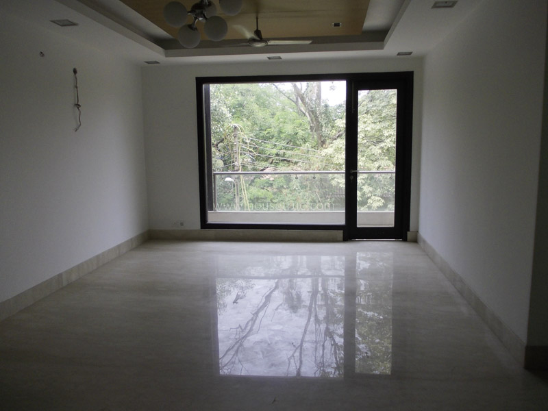 Unfurnished-Apartment-Defence-Colony-New-Delhi-13004