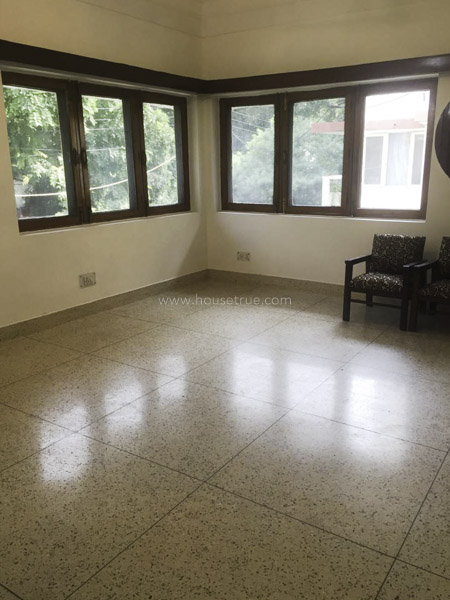 Unfurnished-Apartment-Defence-Colony-New-Delhi-13014