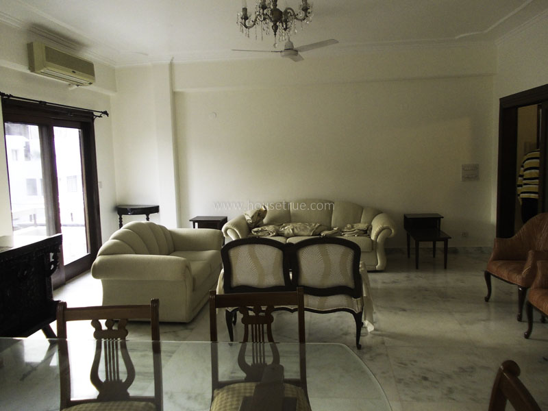 Partially Furnished-Apartment-Defence-Colony-New-Delhi-13109