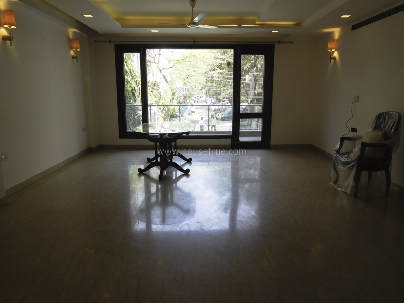 Partially Furnished-Apartment-Defence-Colony-New-Delhi-13139
