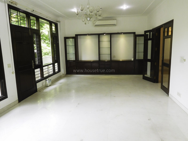 Unfurnished-Apartment-Defence-Colony-New-Delhi-13144