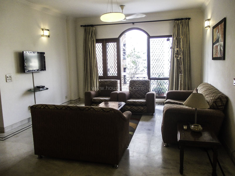 Partially Furnished-Apartment-Defence-Colony-New-Delhi-13201