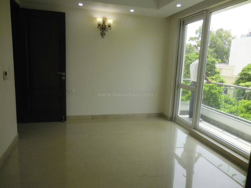 Unfurnished-Apartment-Defence-Colony-New-Delhi-13252