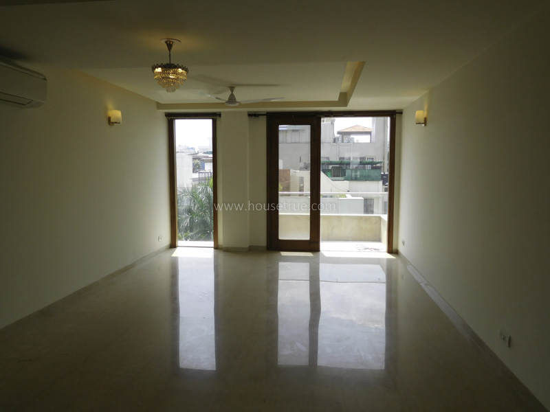 Partially Furnished-Apartment-Defence-Colony-New-Delhi-13371