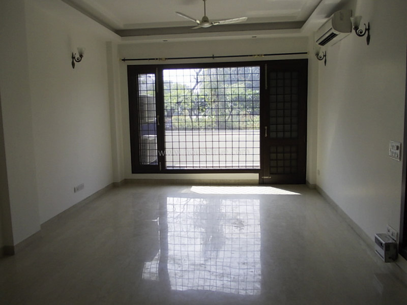 Unfurnished-Apartment-Defence-Colony-New-Delhi-13481