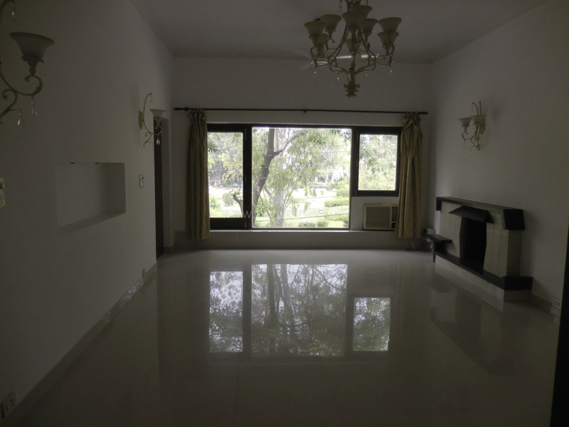 Unfurnished-Apartment-Defence-Colony-New-Delhi-13516