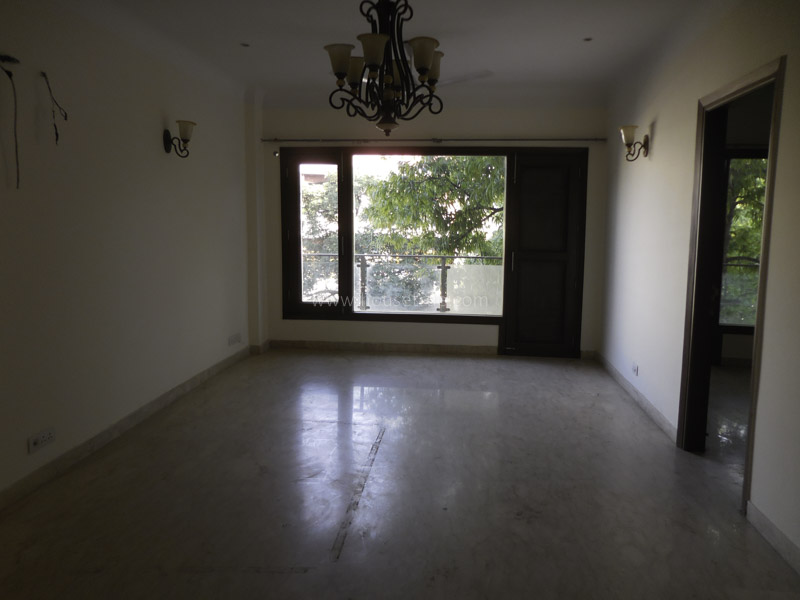 Unfurnished-Apartment-Defence-Colony-New-Delhi-13560