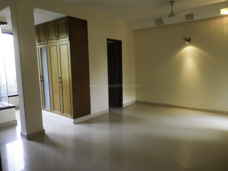 Unfurnished-Apartment-Defence-Colony-New-Delhi-13584