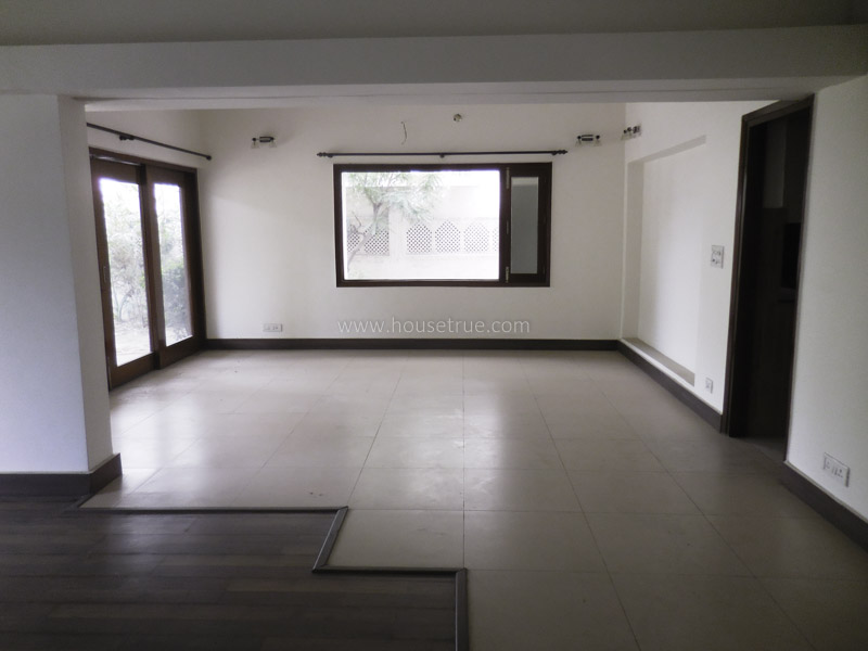 Unfurnished-Apartment-Defence-Colony-New-Delhi-13707