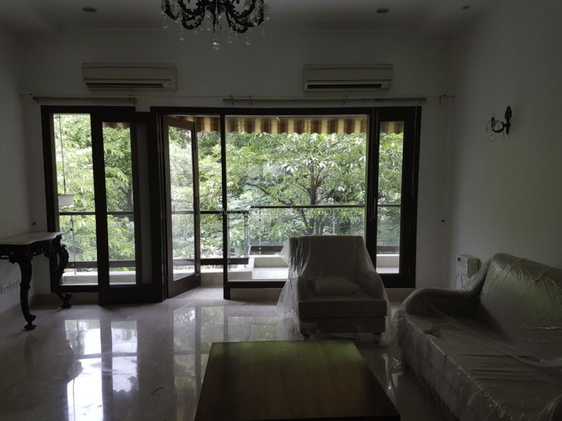 Partially Furnished-Apartment-Defence-Colony-New-Delhi-13832