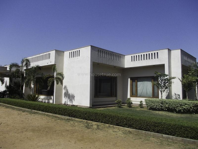 Partially Furnished-Farm House-Dlf-Chattarpur-Farms-New-Delhi-13918