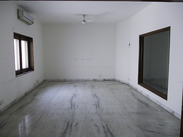 Unfurnished-Apartment-Friends-Colony-East-New-Delhi-14385