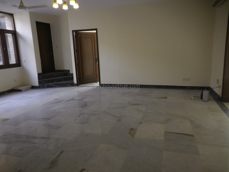 Unfurnished-Apartment-Friends-Colony-East-New-Delhi-14412