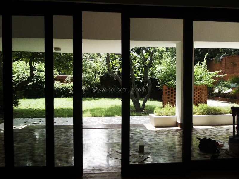 Unfurnished-House-Friends-Colony-West-New-Delhi-14435