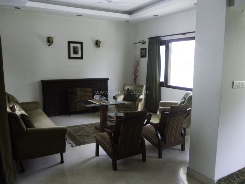 Partially Furnished-Apartment-Golf-Links-New-Delhi-15940