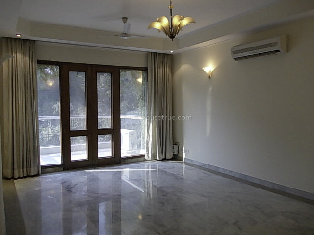 Partially Furnished-Apartment-Golf-Links-New-Delhi-15951