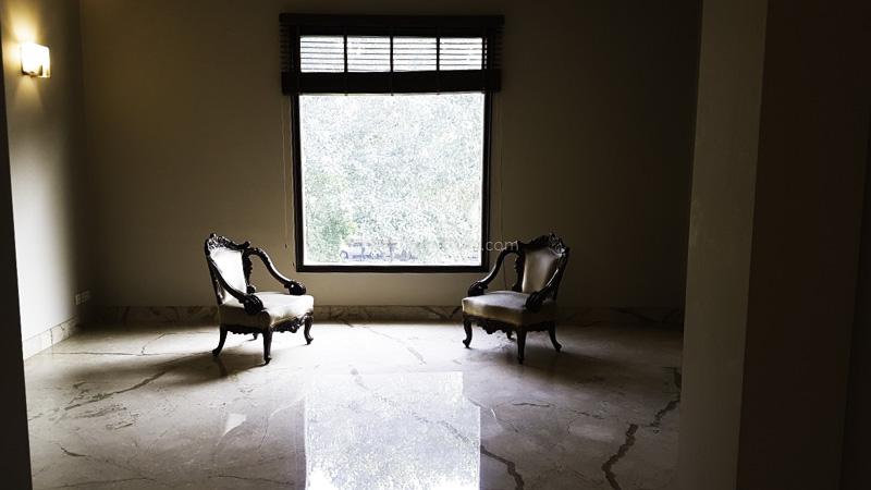 Unfurnished-Apartment-Golf-Links-New-Delhi-15962