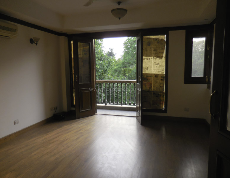 Unfurnished-Apartment-Golf-Links-New-Delhi-15983