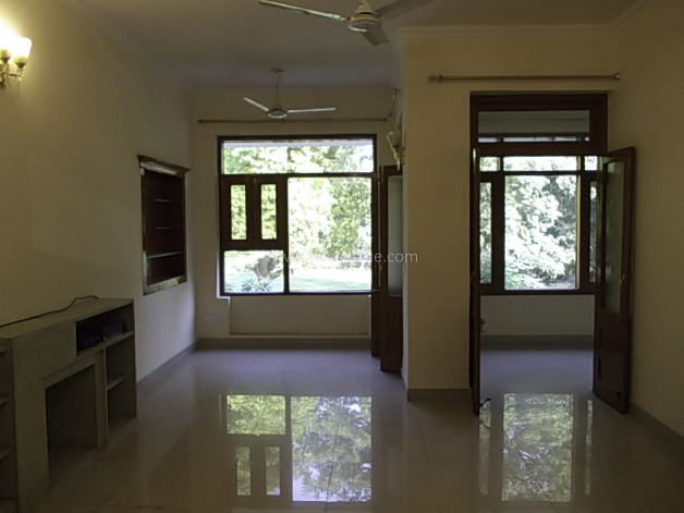 Unfurnished-Duplex-Golf-Links-New-Delhi-15990