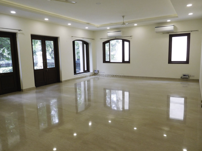Unfurnished-Apartment-Golf-Links-New-Delhi-15993