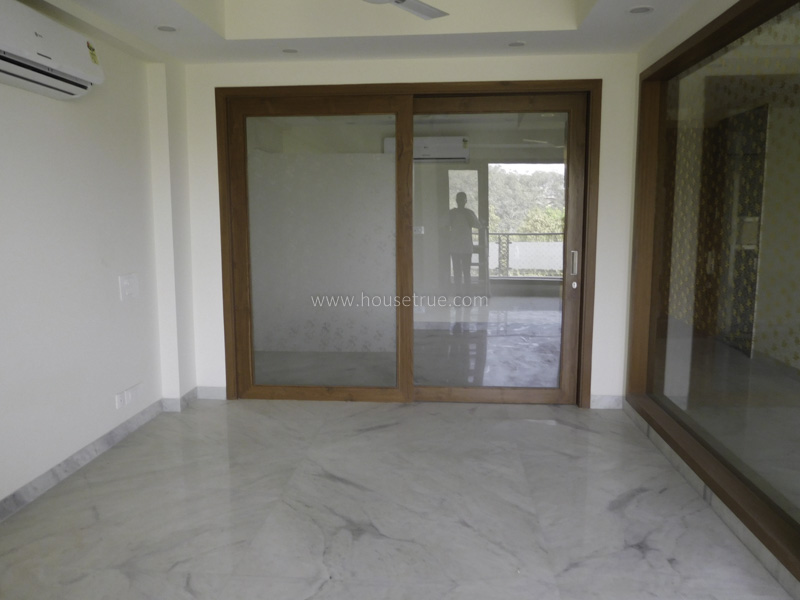 Unfurnished-Apartment-Greater-Kailash-Part-1-New-Delhi-16536