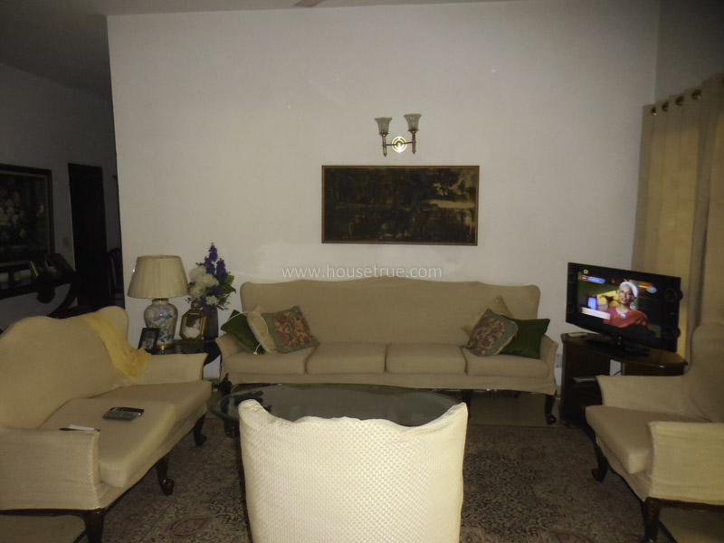 Unfurnished-Apartment-Greater-Kailash-Part-2-New-Delhi-16848