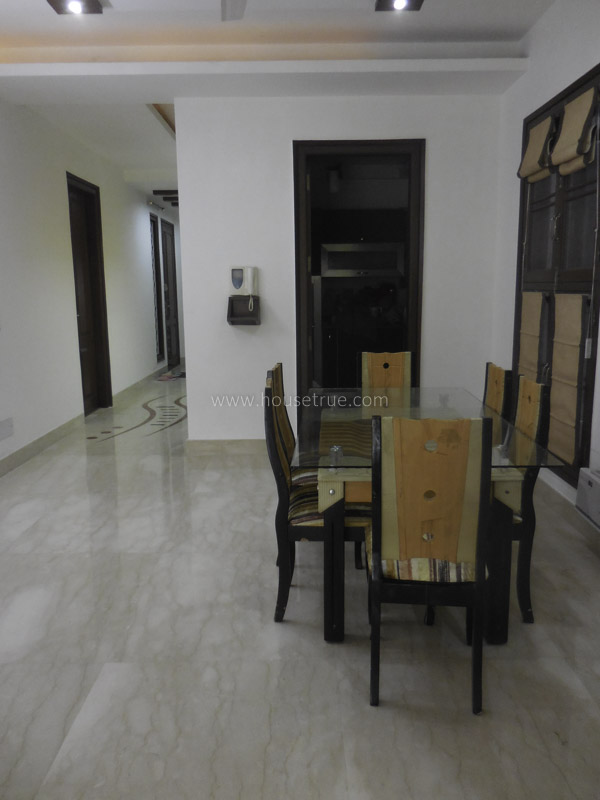 Partially Furnished-Apartment-Green-Park-Extension-New-Delhi-17240