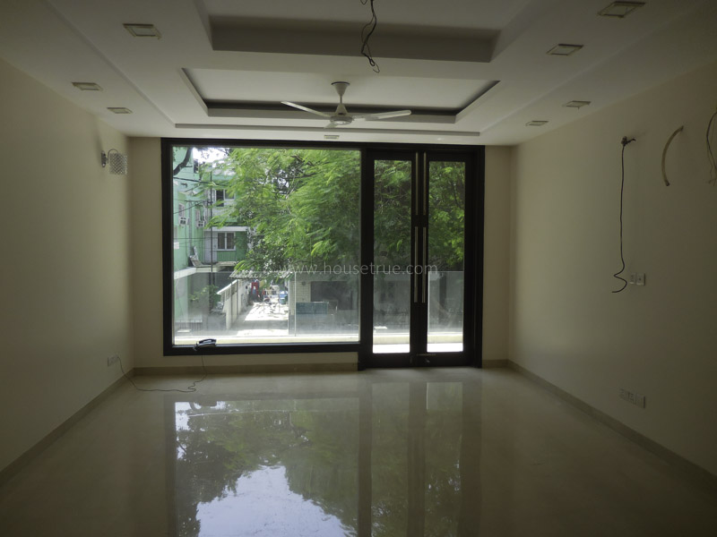 Unfurnished-Apartment-Green-Park-Extension-New-Delhi-17265
