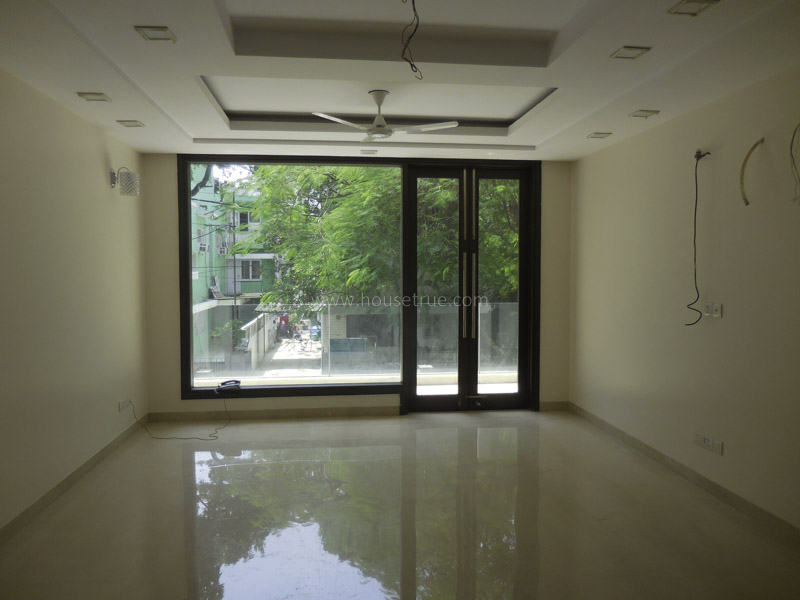 Unfurnished-Apartment-Green-Park-Extension-New-Delhi-17268