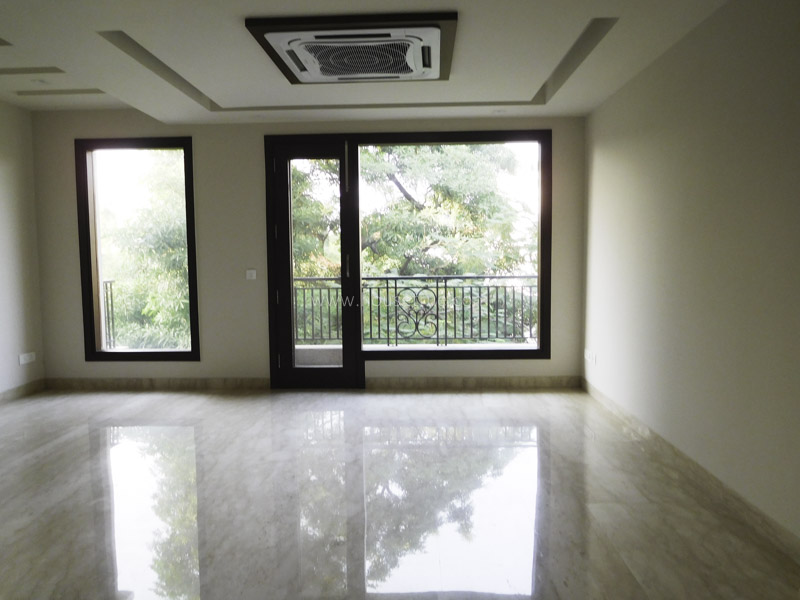 Partially Furnished-Apartment-Green-Park-Extension-New-Delhi-17346