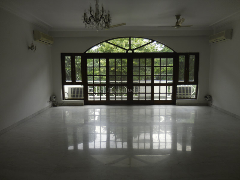 Partially Furnished-Apartment-Gulmohar-Park-New-Delhi-17383
